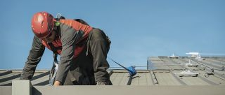 Working at height solutions on metal sheet roof