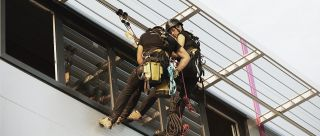 Securail Pro rail abseiling cosmetic factory