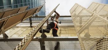 Personal fall protection equipment for works at height