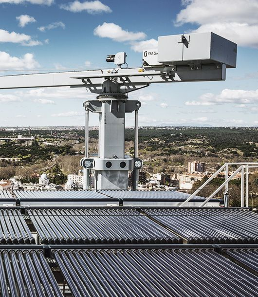 New installation: lifeline for the maintenance of solar tubes in Madrid
